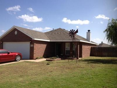 Lubbock Single Family Home For Sale: 1925 99th Place