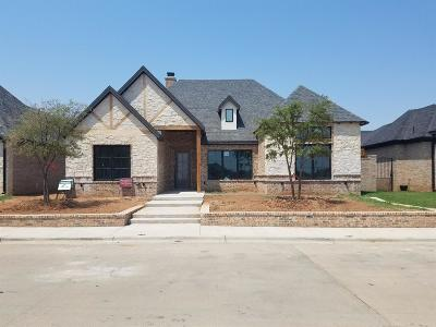 Lubbock Garden Home For Sale: 12006 Vicksburg Avenue