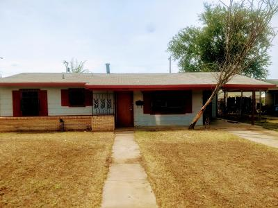 Lubbock County Single Family Home For Sale: 2722 E 9th Street