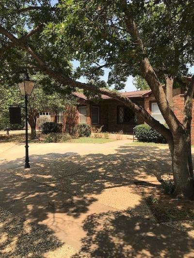 Brownfield Single Family Home For Sale: 1217 E Cardwell Street