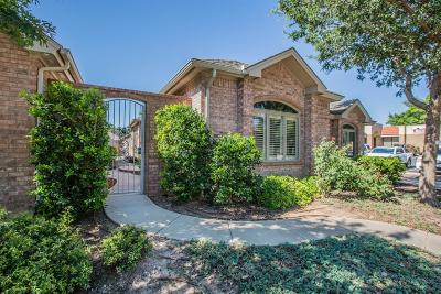 Lubbock Garden Home For Sale: 3227 63rd Street