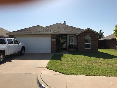 Lubbock Single Family Home For Sale: 10612 Clinton Avenue