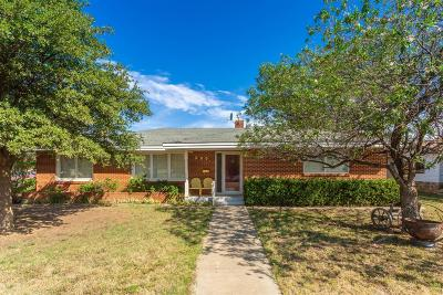 Slaton Single Family Home Under Contract: 350 W Garza Street