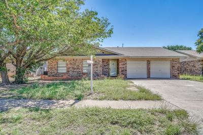 Lubbock Single Family Home For Sale: 5739 1st Place