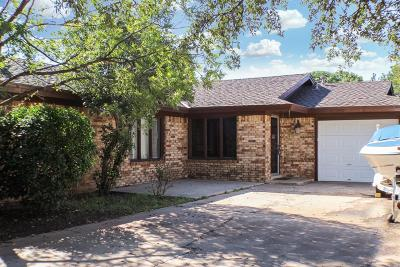 Lubbock Multi Family Home For Sale: 4409 75th Drive