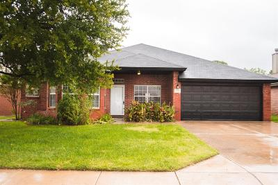 Lubbock TX Single Family Home Under Contract: $184,000