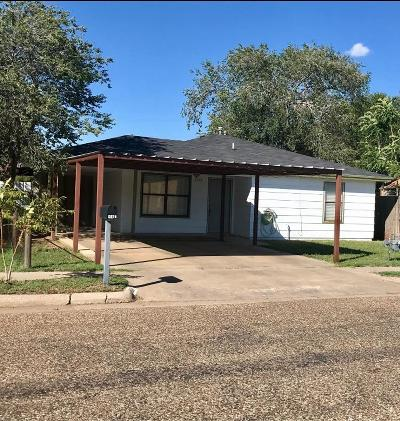 Lubbock TX Single Family Home Under Contract: $70,000