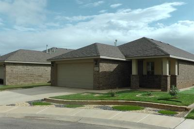 Lubbock TX Single Family Home Under Contract: $156,900