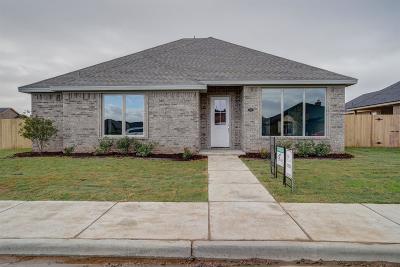Single Family Home For Sale: 136 Preston Hollow Lane