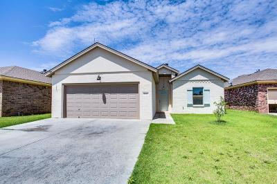 Single Family Home For Sale: 9806 Waco Avenue