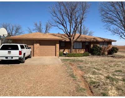Shallowater Single Family Home Under Contract: 3506 N Farm Road 2378