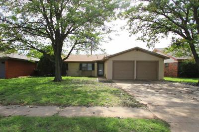 Lubbock TX Single Family Home Under Contract: $120,000