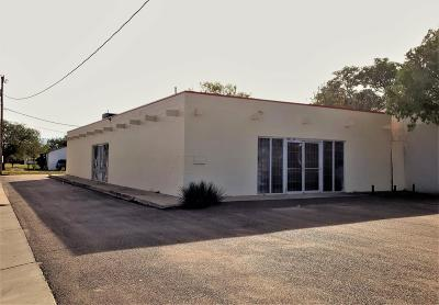 Lubbock Commercial Under Contract: 4001 Interstate 27