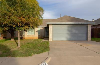 Lubbock TX Single Family Home Under Contract: $123,500