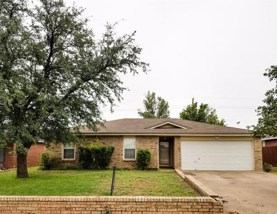 Lubbock Single Family Home For Sale: 6305 33rd Street