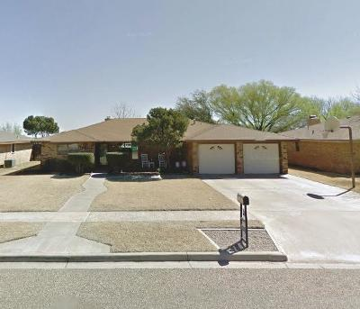 Brownfield, Meadow Single Family Home Under Contract: 1106 Shady Oaks Lane