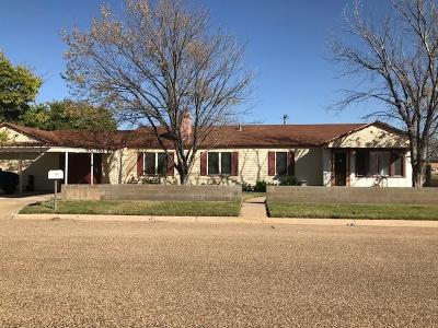 Slaton  Single Family Home For Sale: 850 S 16th Street