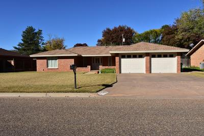 Bailey County, Lamb County Single Family Home For Sale: 115 27th