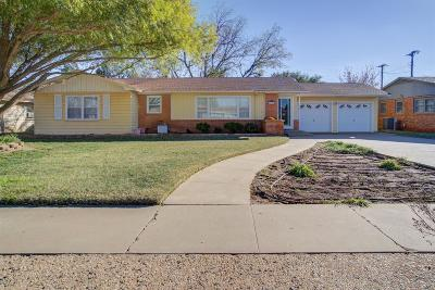 Lubbock Single Family Home For Sale: 1321 58th Place