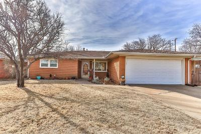 Lubbock Single Family Home For Sale: 5433 8th Street