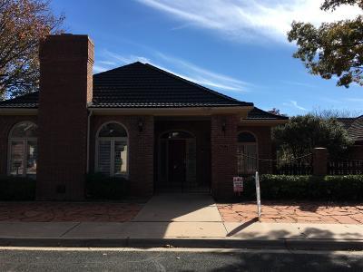 Lubbock Garden Home For Sale: 4717 Natchez Trace