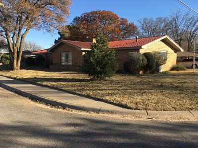Tahoka Single Family Home For Sale: 2029 N 1st Street