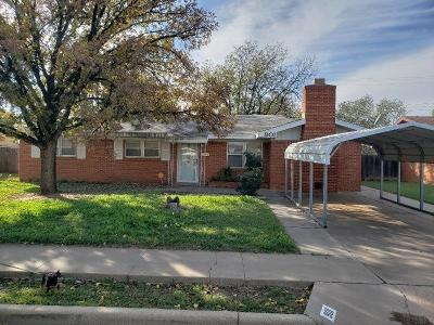 Brownfield Single Family Home For Sale: 901 S Pecos Street