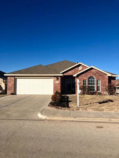 Lubbock Single Family Home For Sale: 6902 37th Street