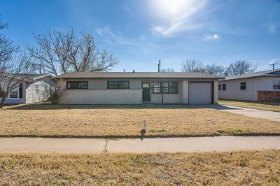 Lubbock Single Family Home For Sale: 4807 52nd Street