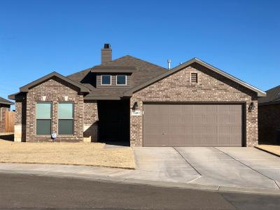 Lubbock TX Single Family Home Under Contract: $180,000