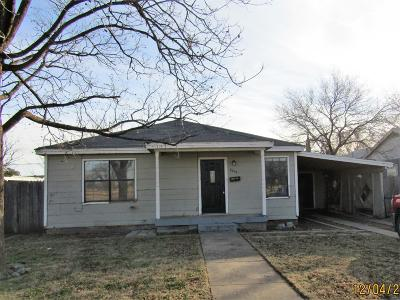Lubbock County Single Family Home For Sale: 2033 62nd Street