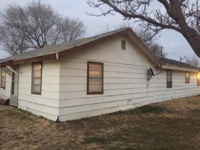 Lubbock County Single Family Home For Sale: 112 Walnut