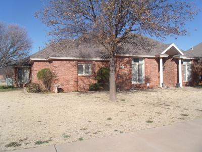 Single Family Home Under Contract: 4812 99th Street