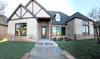 Lubbock Garden Home For Sale: 12006 Vicksburg Avenue