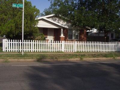 Single Family Home For Sale: 2412 Ave T