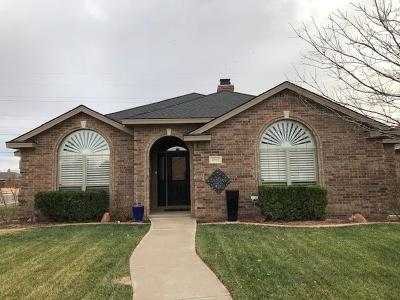 Lubbock Single Family Home Contingent: 4901 105th Place