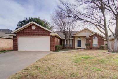Lubbock Single Family Home Under Contract: 5723 86th Street