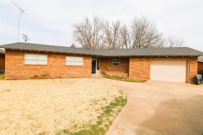 Bailey County, Lamb County Single Family Home For Sale: 115 E 21st Street