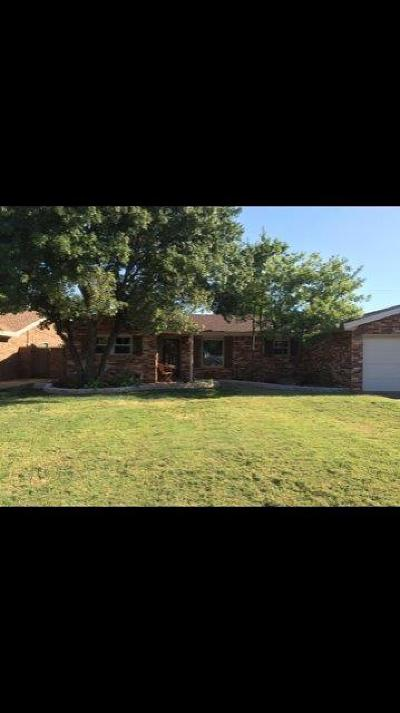 Levelland TX Single Family Home For Sale: $169,900