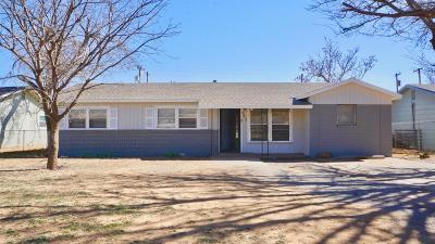Lubbock County Single Family Home Under Contract: 2612 E Auburn Street