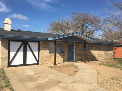 Single Family Home For Sale: 1218 46th Place