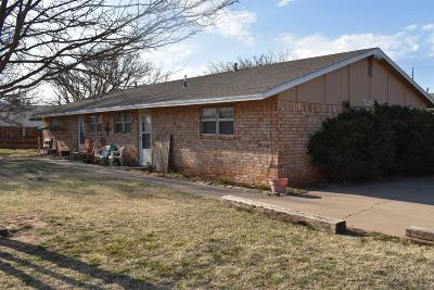 Lubbock Multi Family Home For Sale: 7204 Ave W
