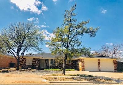 Lubbock Single Family Home For Sale: 7906 Lynnhaven Avenue