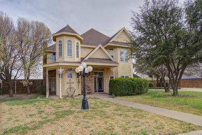 Abernathy Single Family Home For Sale: 912 Velray