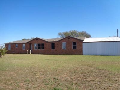 Lubbock County Single Family Home Under Contract: 1723 Owl Road