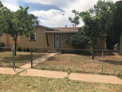 Single Family Home For Sale: 717 30th Street