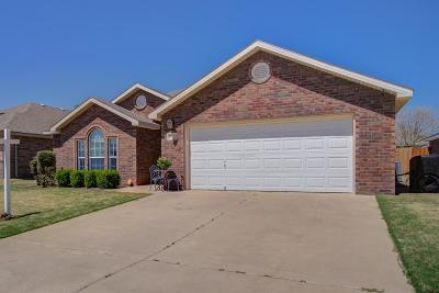 Lubbock Single Family Home Under Contract: 6712 93rd Street