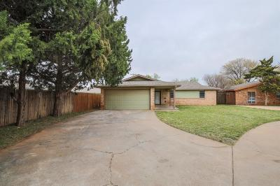 Lubbock Single Family Home For Sale: 2318 77th Place