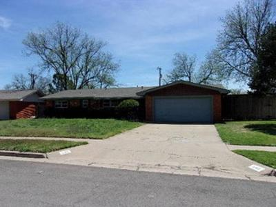 Lubbock Single Family Home For Sale: 5411 8th Place