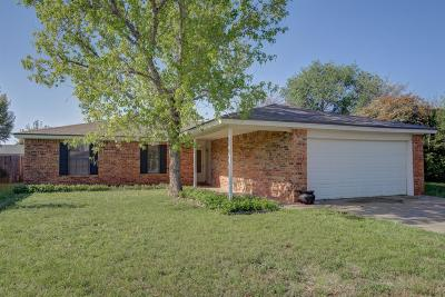 Lubbock Single Family Home For Sale: 2315 77th Street